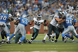 DETROIT - SEPTEMBER 19: Running back LeSean McCoy #25 of the Philadelphia Eagles runs for his third touchdown of the day during the game against the Detroit Lions on September 19, 2010 at Ford Field in Detroit, Michigan. (Photo by Drew Hallowell/Getty Images)  *** Local Caption *** LeSean McCoy