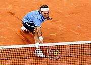 Roger Federer am 28. mai 2006 roland garros.<br />photo by siggi bucher