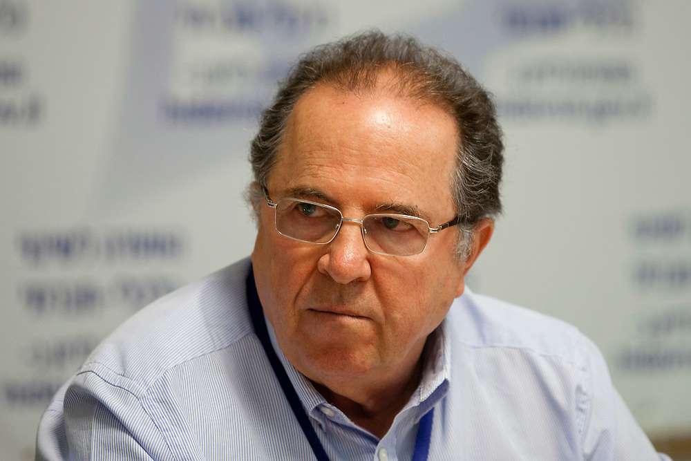 Prof. Rafi Melnick attends a session of The Trajtenberg Committee, a commission appointed by the Israeli Prime Minister Netanyahu (not pictured) following the cost of living protests sweeping Israel during the summer, at the Van Leer Institute in Jerusalem on August 25, 2011.