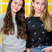 NLD/Amsterdam/20180325 - Nickelodeon Kid's Choice Awards 2018, Winnaars Jade en Gina van You Tube-kanaal Girlys Blog