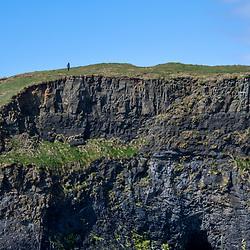 Costão Rochoso (paisagem) fotografado na Escócia, na Europa. Registro feito em 2019.<br /> ⠀<br /> ⠀<br /> <br /> <br /> <br /> <br /> <br /> <br /> ENGLISH: Rocky Shore photographed in Scotland, in Europe. Picture made in 2019.