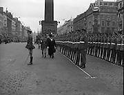 Army Parade, G.P.O., Dublin, O'Connell Street, Sunday. 06/04/1958.