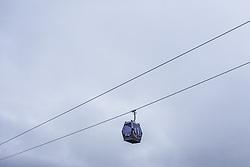 THEMENBILD - eine Lift Gondel, aufgenommen am 05. Dezember 2018 in Kaprun, Österreich // a lift gondola against the cloudy sky, Kaprun, Austria on 2018/12/05. EXPA Pictures © 2018, PhotoCredit: EXPA/ JFK