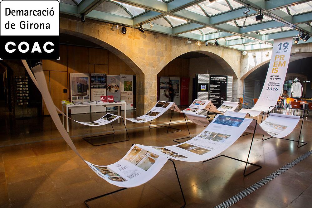 Exposició dels 19 premis d'arquitectura de les comarques de Girona. Exposicio a la seu del Col·legi d'Arquitectes de Catalunya, delegació de Girona Fotografia de Toni Vilches Fotografia..