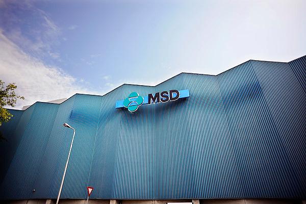 Nederland, Os,s 9-7-2010 Farmaciebedrijf MSD in Oss, voorheen Organon, schrapt bijna de helft van de 4.500 banen. Naast de productielijnen wordt vooral gesneden in de onderzoeksafdelingen.Foto: Flip Franssen/Hollandse Hoogte