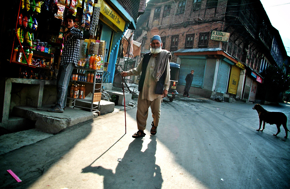 Street photography in Srinagar - Kachemir<br /> Photo by Lorenz Berna