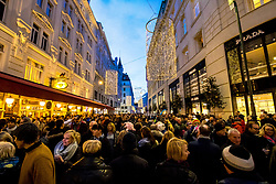 31.12.2017, Innenstadt, Wien, AUT, Wiener Silvesterpfad 2017, im Bild die Bognergasse // during the 2017 Vienna Sylvester Path at the downtown area of Vienna, Austria on 2017/12/31. EXPA Pictures © 2017, PhotoCredit: EXPA/ Sebastian Pucher