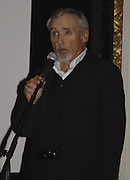 Dennis Hopper, Grand Classics Screening of 'Out of the Blue' hosted by Dennis Hopper. Electric cinema, Portobello Rd. London. 15 November 2004. ONE TIME USE ONLY - DO NOT ARCHIVE  © Copyright Photograph by Dafydd Jones 66 Stockwell Park Rd. London SW9 0DA Tel 020 7733 0108 www.dafjones.com