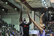 DESCRIZIONE : Eurocup 2013/14 Gr. J Dinamo Banco di Sardegna Sassari -  Brose Basket Bamberg<br /> GIOCATORE : D'Or Fischer<br /> CATEGORIA : Tiro Penetrazione<br /> SQUADRA : Brose Basket Bamberg<br /> EVENTO : Eurocup 2013/2014<br /> GARA : Dinamo Banco di Sardegna Sassari -  Brose Basket Bamberg<br /> DATA : 19/02/2014<br /> SPORT : Pallacanestro <br /> AUTORE : Agenzia Ciamillo-Castoria / Luigi Canu<br /> Galleria : Eurocup 2013/2014<br /> Fotonotizia : Eurocup 2013/14 Gr. J Dinamo Banco di Sardegna Sassari - Brose Basket Bamberg<br /> Predefinita :