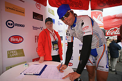 Danilo Hondo of Germany Serramenti (PVC Diqugiovanni -Androni Giocattoli) signing the list before 3rd stage of the 15th Tour de Slovenie from Skofja Loka to Krvavec (129,5 km), on June 13,2008, Slovenia. (Photo by Vid Ponikvar / Sportal Images)/ Sportida)