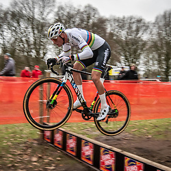 21-12-2019: Cycling : Waaslandcross Sint Niklaas: Mathieu van der Poel flying high