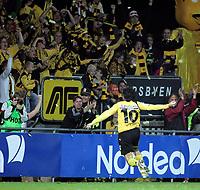 Fotball , 18. september 2006, Tippeligaen Eliteserien , Åråsen Stadion . Lillestrøm LSK - Vålerenga VIF , Robert Koren jubler for 2-0 Foto: Kasper Wikestad
