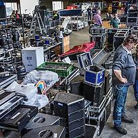 Nederland, Vianen, 17 oktober 2016.<br /> Veiling studio Boris Titulaer.<br /> Kijkdag voor online veiling van dure studioapparatuur uit de failliete boedel van het bedrijf van Boris Titulaer.<br /> <br /> <br /> Foto: Jean-Pierre Jans
