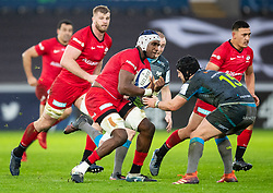 Joel Kpoku of Saracens lines up Dan Evans of Ospreys<br /> <br /> Photographer Simon King/Replay Images<br /> <br /> European Rugby Champions Cup Round 5 - Ospreys v Saracens - Saturday 11th January 2020 - Liberty Stadium - Swansea<br /> <br /> World Copyright © Replay Images . All rights reserved. info@replayimages.co.uk - http://replayimages.co.uk