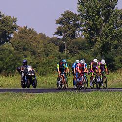 08-08-2020: Wielrennen: Milaan-San Remo: San Remo<br />Kopgroep van de wedstrijd. Bais (ANS), Boaro (AST),  Mazzucco (BCF), Tonelli (BCF), Cima (GAZ), Carretero (MOV),  Frapporti (THR)