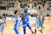 DESCRIZIONE : Final Eight Coppa Italia 2015 Desio Quarti di Finale Dinamo Banco di Sardegna Sassari - Vanoli Cremona<br /> GIOCATORE : Jerome Dyson<br /> CATEGORIA : Passaggio Penetrazione<br /> SQUADRA : Dinamo Banco di Sardegna Sassari<br /> EVENTO : Final Eight Coppa Italia 2015 Desio<br /> GARA : Dinamo Banco di Sardegna Sassari - Vanoli Cremona<br /> DATA : 20/02/2015<br /> SPORT : Pallacanestro <br /> AUTORE : Agenzia Ciamillo-Castoria/L.Canu