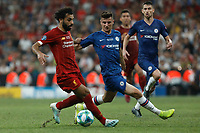 ISTANBUL, TURKEY - AUGUST 14: Mohamed Salah (L) of Liverpool vies for the ball with Mason Mount of Chelsea during the UEFA Super Cup match between Liverpool and Chelsea at Vodafone Park on August 14, 2019 in Istanbul, Turkey. (Photo by MB Media/Getty Images)
