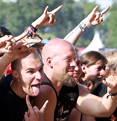 06.08.2010, Wacken Open Air 2010, Wacken, GER, 2.Tag beim 21.Heavy Metal Festival 75.000 Fans feiern vor der Buehne ab, EXPA Pictures © 2010, PhotoCredit: EXPA/ nph/  Kohring+++++ ATTENTION - OUT OF GER +++++ / SPORTIDA PHOTO AGENCY