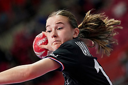 08-12-2019 JAP: Netherlands - Germany, Kumamoto<br /> First match Main Round Group1 at 24th IHF Women's Handball World Championship, Netherlands lost the first match against Germany with 23-25. / Bo van Wetering #12 of Netherlands