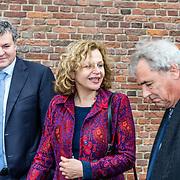 NLD/Naarden//20170414 - Matthaus Passion in de grote kerk van Naarden, Edith Schippers en partner Sander Spijker en Roger van Boxtel