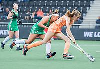AMSTELVEEN -  Felice Albers (Ned)  met Elena Tice (Ier)    tijdens de dames hockeywedstrijd , Nederland-Ierland (4-0)  bij het EK hockey. Euro Hockey 2021.   COPYRIGHT KOEN SUYK