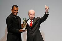 """20091207: RIO DE JANEIRO, BRAZIL - Brazilian Football Awards 2009 (""""Craque Brasileirao 2009""""), held at the Museum of Modern Art in Rio de Janeiro. In picture: former player Cafu receives the career award from Mario Zagallo. PHOTO: CITYFILES"""
