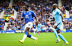 Everton's Romelu Lukaku is chased by Eliaquim Mangala of Manchester City   - Mandatory byline: Matt McNulty/JMP - 07966386802 - 23/08/2015 - FOOTBALL - Goodison Park -Everton,England - Everton v Manchester City - Barclays Premier League