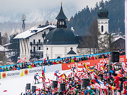 22.02.2019, Seefeld, AUT, FIS Weltmeisterschaften Ski Nordisch, Seefeld 2019, Nordische Kombination, Langlauf, im Bild v.l. Franz-Josef Rehrl (AUT), Jan Schmid (NOR), Eric Frenzel (GER) // f.l. Franz-Josef Rehrl of Austria Jan Schmid of Norway and Eric Frenzel of Germany during the Cross Country Competition of Nordic Combined for the FIS Nordic Ski World Championships 2019. Seefeld, Austria on 2019/02/22. EXPA Pictures © 2019, PhotoCredit: EXPA/ Stefan Adelsberger