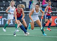 AMSTELVEEN - Lily Owsley (Eng) met Anna O'Flanagan (Ier)  tijdens de wedstrijd dames , Ierland-Engeland (1-5) bij het  EK hockey , Eurohockey 2021.COPYRIGHT KOEN SUYK