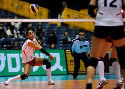 07-11-2010 VOLLEYBAL: WORLD CHAMPIONSHIP: PERU - KOREA: TOKYO<br /> Korea beat Peru with 3-1 / Vanessa Palacios<br /> ©2010-WWW.FOTOHOOGENDOORN.NL
