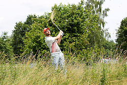 25.06.2015, Golfclub München Eichenried, Muenchen, GER, BMW International Golf Open, im Bild Anton Kirstein (GER) schlaegt aus dem Rough, BMW International Open 2015, Tag 1, Golf, 25.06.2015<br />