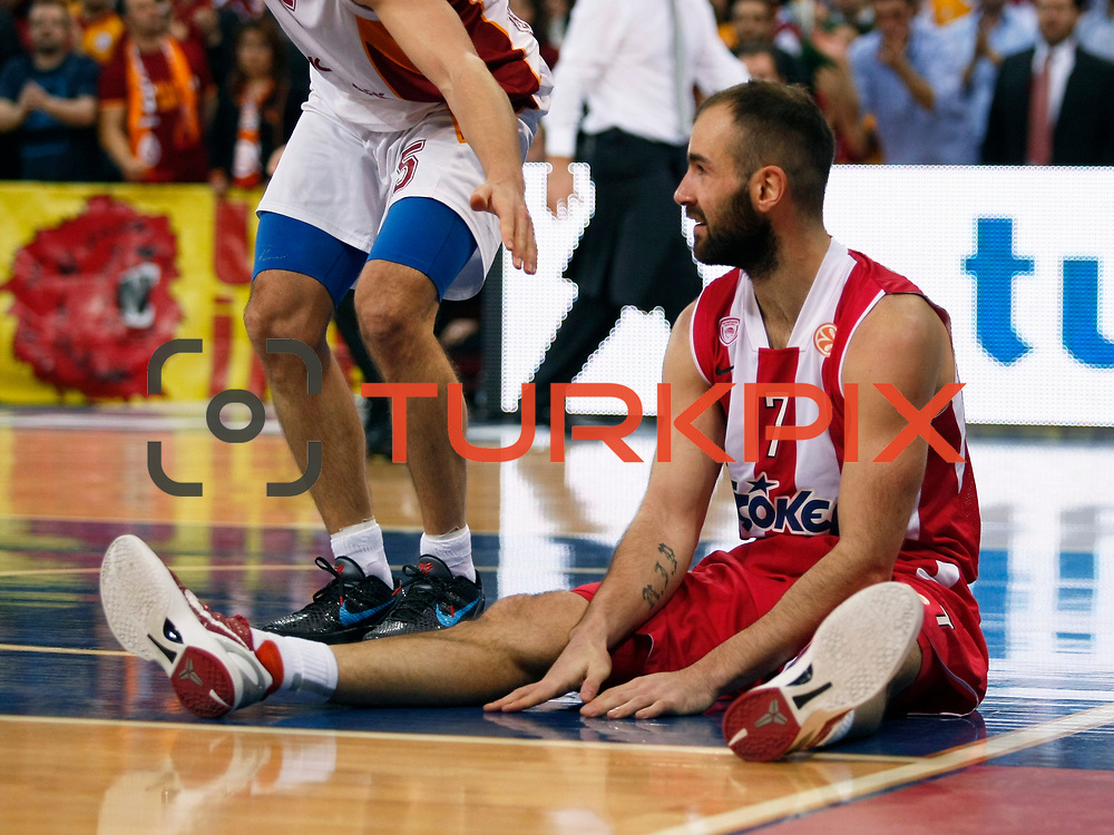Olympiacos's Vassilis Spanoulis during their Turkish Airlines Euroleague Basketball Top 16 Group E Game 2 match Galatasaray between Olympiacos at Abdi Ipekci Arena in Istanbul, Turkey, Thursday, January 26, 2012. Photo by TURKPIX