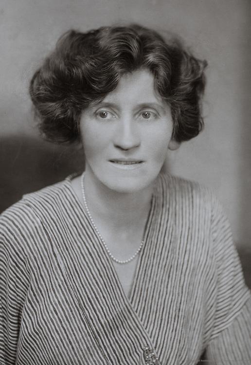 Violet Hunt, author, England, UK, 1912