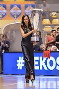 DESCRIZIONE : Beko Supercoppa 2015 Finale Grissin Bon Reggio Emilia - Olimpia EA7 Emporio Armani Milano<br /> GIOCATORE : Madrina Supercoppa<br /> CATEGORIA : Ritratto Before Pregame<br /> SQUADRA : RCS<br /> EVENTO : Beko Supercoppa 2015<br /> GARA : Grissin Bon Reggio Emilia - Olimpia EA7 Emporio Armani Milano<br /> DATA : 27/09/2015<br /> SPORT : Pallacanestro <br /> AUTORE : Agenzia Ciamillo-Castoria/L.Canu