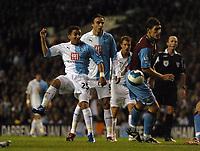 Photo: Tony Oudot.<br /> Tottenham Hotspur v Aston Villa. The FA Barclays Premiership. 01/10/2007.<br /> Aaron Lennon of Tottenham shoots past Gareth Barry of Aston Villa