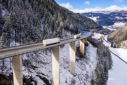 THEMENBILD - Die Luegbrücke ist die längste Brücke der österreichischen Brenner Autobahn A13 und im Bereich der ASFINAG. Sie ist nach dem Ort Lueg im Tal unterhalb der Brücke benannt, einer ehemaligen Höhlenburg und Zollstätte des mittelalterlichen Tirols, von der nur noch eine Kapelle und der Widum existieren. Gries am Brenner, Mittwoch 26. Februar 2020 // The Luegbrücke is the longest bridge on the Austrian Brenner Autobahn A13 and in the area of ASFINAG. It is named after the place Lueg in the valley below the bridge, a former cave castle and customs post of medieval Tyrol, of which only a chapel and the Widum still exist. Gries am Brenner, Wednesday February 26, 2020. EXPA Pictures © 2020, PhotoCredit: EXPA/ Johann Groder