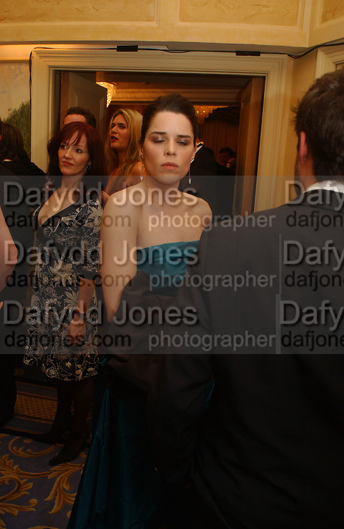 Neve Campbell. Laurence Oliver Awards, Hilton Hotel. 26 February 2006. ONE TIME USE ONLY - DO NOT ARCHIVE  © Copyright Photograph by Dafydd Jones 66 Stockwell Park Rd. London SW9 0DA Tel 020 7733 0108 www.dafjones.com