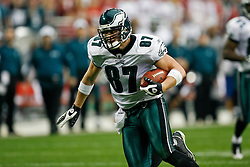 18 Jan 2009: Philadelphia Eagles tight end Brent Celek #87 runs the ball for a touchdown during the NFC Championship game against the Arizona Cardinals on January 18th, 2009. The Cardinals won 32-25 at University of Phoenix Stadium in Glendale, Arizona. (Photo by Brian Garfinkel)