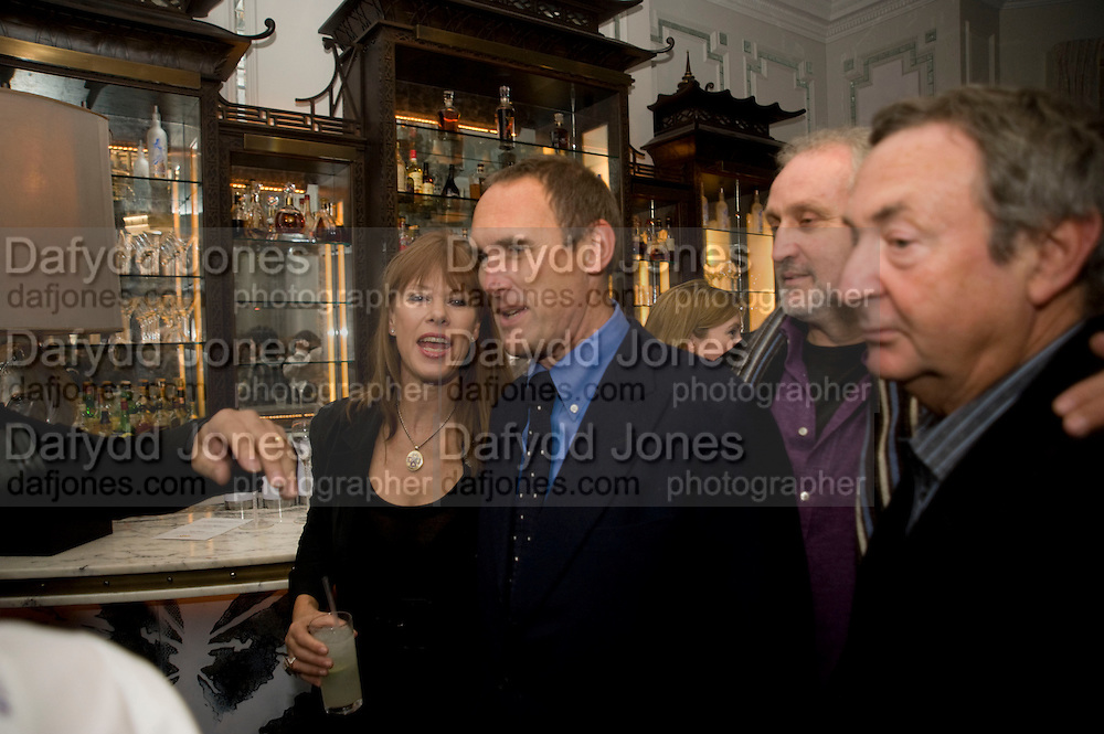 NETTIE MASON; A.A.GILL, Book party; Jessica Adams, Maggie Alderson, Imogen Edwards-Jones and Kathy Lette host the launch of 'In Bed With.' Artesian, The Langham, Portland Place. London. 11 February 2009 *** Local Caption *** -DO NOT ARCHIVE-© Copyright Photograph by Dafydd Jones. 248 Clapham Rd. London SW9 0PZ. Tel 0207 820 0771. www.dafjones.com.<br /> NETTIE MASON; A.A.GILL, Book party; Jessica Adams, Maggie Alderson, Imogen Edwards-Jones and Kathy Lette host the launch of 'In Bed With.' Artesian, The Langham, Portland Place. London. 11 February 2009