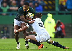 Cape Town-180623- Springbok player Warrick Gelant tackled by Henry Slade of England  in the last game of the Castle Lager Test between Springboks and England at Newlands Stadium photographer:Phando Jikelo/African News Agency/ANA