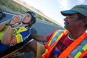 Ellen van Vugt tijdens de laatste race. In Battle Mountain (Nevada) wordt ieder jaar de World Human Powered Speed Challenge gehouden. Tijdens deze wedstrijd wordt geprobeerd zo hard mogelijk te fietsen op pure menskracht. Het huidige record staat sinds 2015 op naam van de Canadees Todd Reichert die 139,45 km/h reed. De deelnemers bestaan zowel uit teams van universiteiten als uit hobbyisten. Met de gestroomlijnde fietsen willen ze laten zien wat mogelijk is met menskracht. De speciale ligfietsen kunnen gezien worden als de Formule 1 van het fietsen. De kennis die wordt opgedaan wordt ook gebruikt om duurzaam vervoer verder te ontwikkelen.<br /> <br /> In Battle Mountain (Nevada) each year the World Human Powered Speed Challenge is held. During this race they try to ride on pure manpower as hard as possible. Since 2015 the Canadian Todd Reichert is record holder with a speed of 136,45 km/h. The participants consist of both teams from universities and from hobbyists. With the sleek bikes they want to show what is possible with human power. The special recumbent bicycles can be seen as the Formula 1 of the bicycle. The knowledge gained is also used to develop sustainable transport.