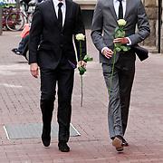 NLD/Amsterdam/20110722 - Afscheidsdienst voor John Kraaijkamp, Maurice Wijnen en partner Ronald den Ouden