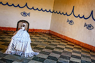 Doll in weddingdress