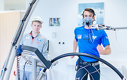 02.05.2016, Bezirkskrankenhaus, St. Johann i.T., AUT, OeSV, Skisprung, Sportmedizinische Untersuchung, im Bild v.l.: Michael Hayböck (AUT) und Stefan Kraft (AUT) // Michael Hayboeck of Austria and Stefan Kraft of Austria during the medical examination of the Austrian Skijumping Team at the Sports Medicine Institute, St. Johann i.T. on 2016/05/02. EXPA Pictures © 2016, PhotoCredit: EXPA/ JFK