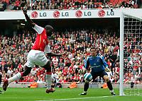 Photo: Tom Dulat.<br /> Arsenal v Sunderland. The FA Barclays Premiership. 07/10/2007.<br /> Emmanuel Eboue of Arsenal missed shot on targer Goalkeeper of Sunderland Craig Gordon