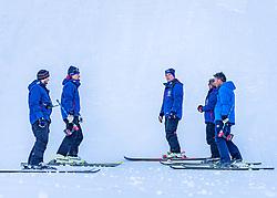 10.01.2020, Streif, Kitzbühel, AUT, FIS Weltcup Ski Alpin, Schneekontrolle durch die FIS, im Bild v.l. Christian Schroll (Pistenchef Ganslern), Mario Mittermayer-Weinhandl (HKR Rennleiter), Thomas Voithofer (Rennstrecken Begrenzungen), Herbert Hauser (Pistenchef Streif), Hannes Trinkl (FIS Renndirektor) // f.l. Christian Schroll slope Manager Ganslern Mario Mittermayer-Weinhandl race direktor HKR Thomas Voithofer racetrack boundary Herbert Hauser slope Manager Streif and Hannes Trinkl FIS Racedirector during snow control by the FIS for the FIS ski alpine world cup at the Streif in Kitzbühel, Austria on 2020/01/10. EXPA Pictures © 2020, PhotoCredit: EXPA/ Stefan Adelsberger