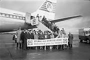 26/03/1966<br /> 03/26/1966<br /> 26 March 1966<br /> U.S. Travel Agents arrive at Dublin Airport. Image shows the party disembarking from their plane.