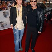 TMF Awards 2005, Geroge Baker en zoon.Hans Bouwens