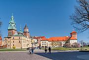 Widok na Katedre. Zamek Krolewski na Wawelu<br /> Wawel Castle in Cracow,