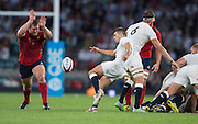 Twickenham, England.  Richard WIGGLESWORTH, kicking clear from behind brealdown area. QBE International. England vs France [World cup warm up match]  Saturday.  15.08.2015,  [Mandatory Credit. Peter SPURRIER/Intersport Images].